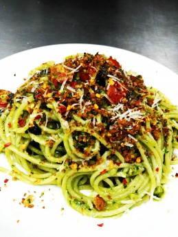 Spaghetti in Pesto sauce with butter parsley crumbs Recipe