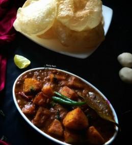 Bengali Luchi aloo'r dom Recipe