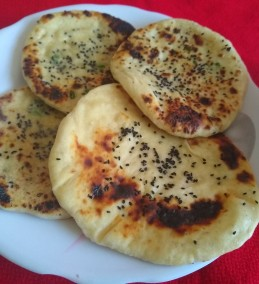CHILLY CHEESE NAAN Recipe
