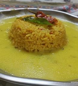 Gujarati kadhi khichdi
