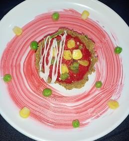 Falafal tart with beetroot hummas dipizza