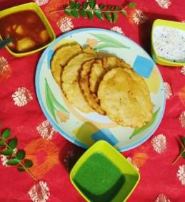 Maize potato poori
